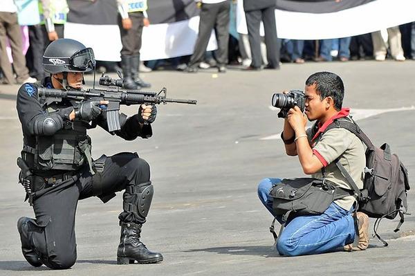 クレイジーなカメラマン 7