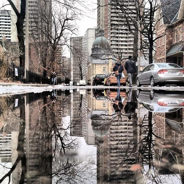 パラレルワールド!水たまりに反射する街の風景写真 (9)