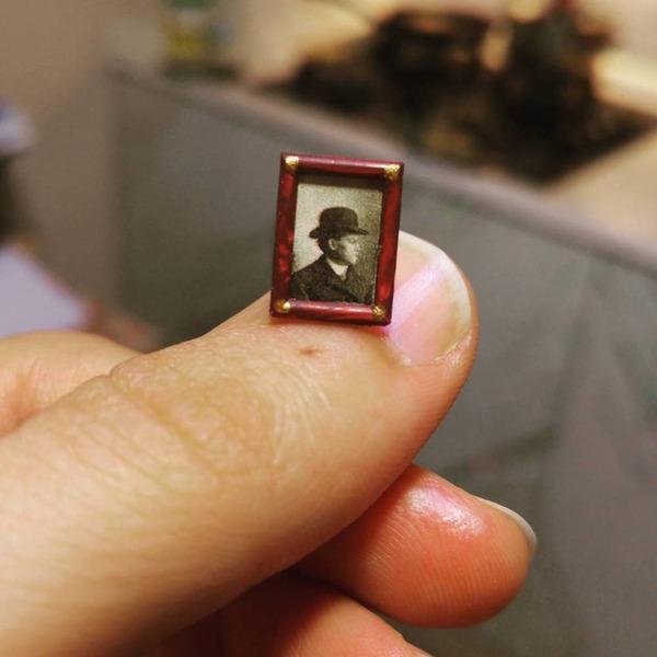 1900年代初頭の写真館をミニチュア・ジオラマ模型で再現 (2)