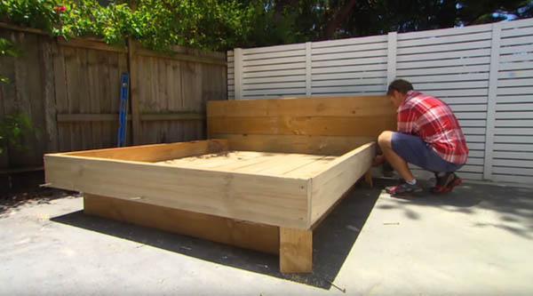 限りなくナチュラル!裏庭に設置する草のベッド (3)