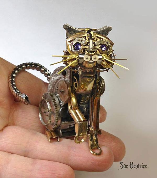 古い時計部品をリサイクルして作るスチームパンクな動物彫刻 (11)