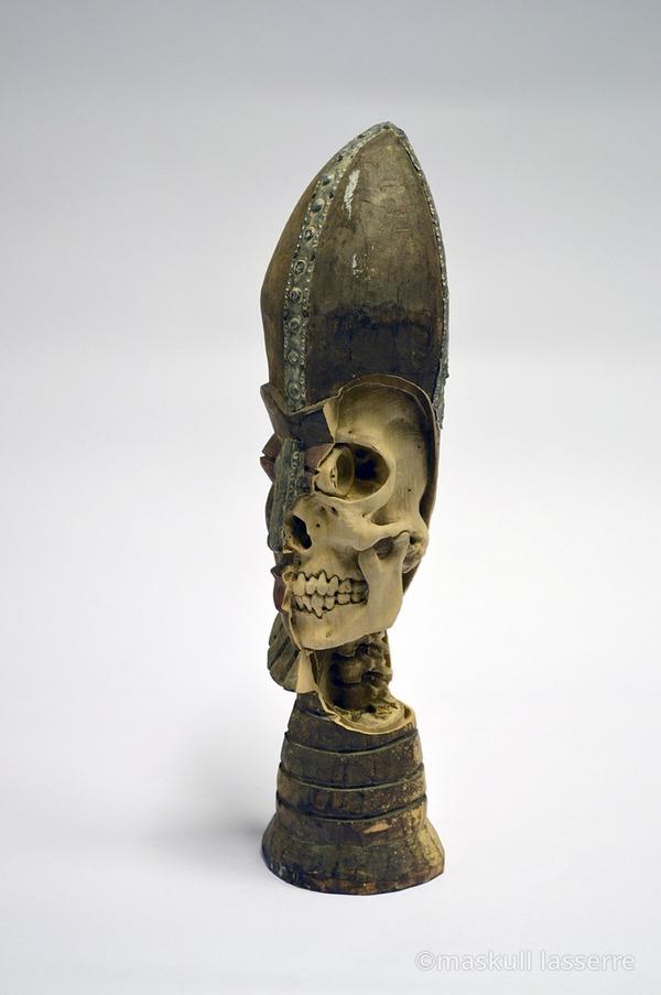 木彫りの骸骨彫刻 Maskull Lasserre 8