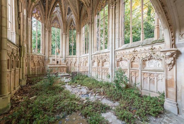 廃墟画像の不思議な魅力。放棄されたヨーロッパの建物 (17)