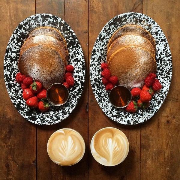 美味しさ2倍!毎日シンメトリーな朝食写真シリーズ (45)