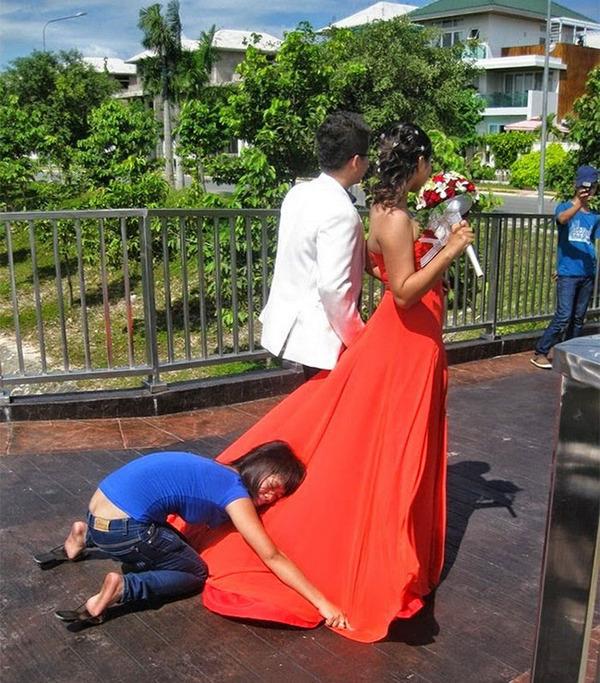 結婚写真の裏で頑張るカメラマンの努力画像 (8)