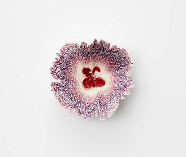 鉛筆削りの屑が美しい花となる『紙の花』 (1)