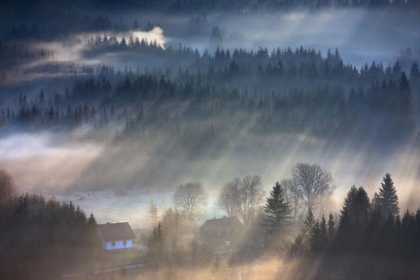 陽が差し込んだポーランドの景色2