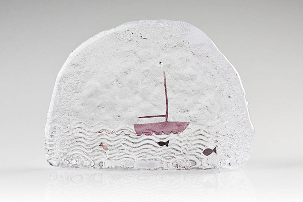 ガラスの中のミニチュア。氷に閉じ込められたような凍結世界 (5)
