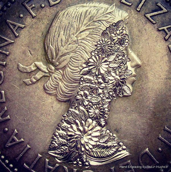 超繊細!コインに花の模様を彫る彫刻作品 (8)