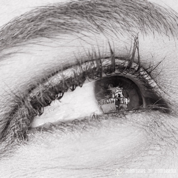 瞳に反射して映る結婚式の風景を撮影した『Eyescapes』 (9)