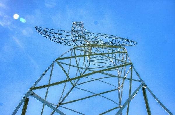 踊っているような送電塔、鉄塔、ドイツ 3