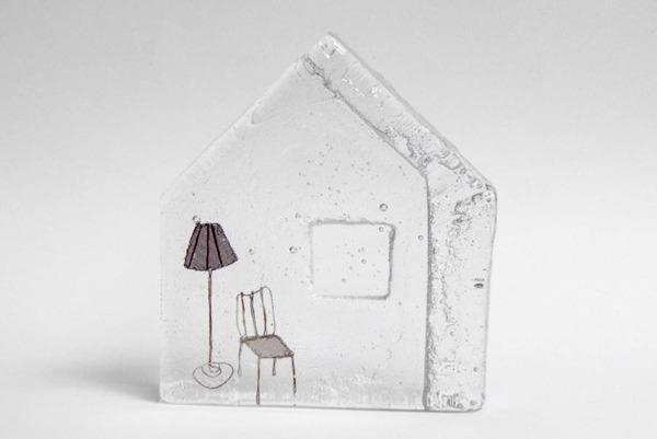 ガラスの中のミニチュア。氷に閉じ込められたような凍結世界 (9)