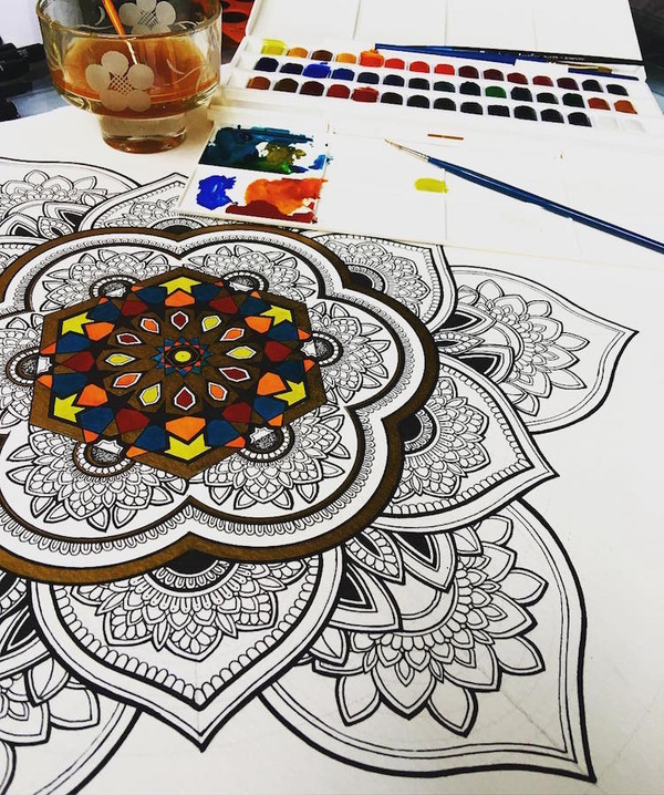 忍耐の賜物…手描きの曼荼羅模様がすごい (8)