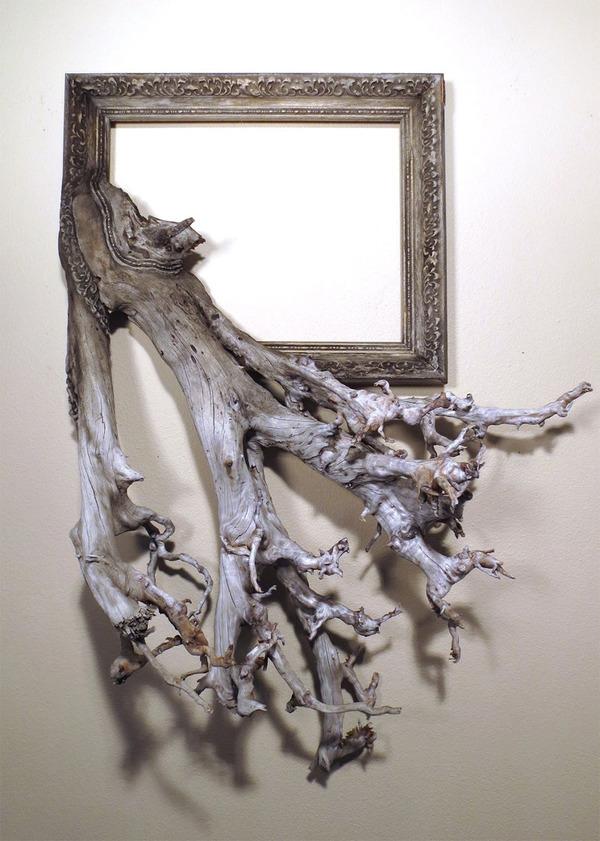 ねじれた木の形を生かしたヴィンテージで華やかな額縁 (8)