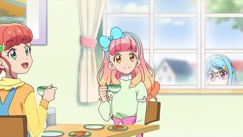 女児アニメ制作者「女児と大人のファンを一緒に取り込む方法か…せや!」 (※画像あり)