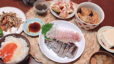 【画像】橋本環奈「久々に朝ご飯作ったとよ」パシャ