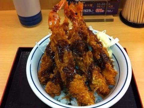 【画像】かつやさん、このレベルのエビフライ丼を420円で販売してしまうwwwwwwwwwwwww