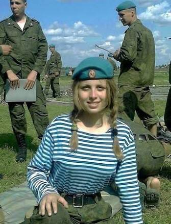 ロシアの女兵士可愛くてたまらないwwwwwwww(※画像あり)