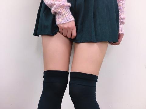SKE山内鈴蘭(23)、セクシーな太ももの写真をTwitterに投稿wwwwwwww (※画像あり)