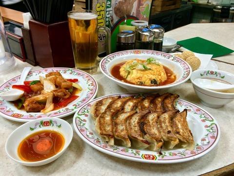 餃子の王将じゃこれだけ飲み食いしても2500円という事実 (※画像あり)