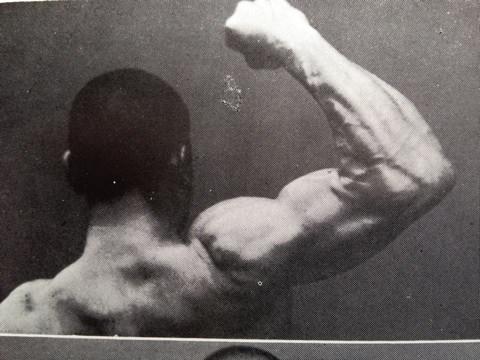 大正時代の腕相撲師の筋肉wwwwwwwwwww (※画像あり)