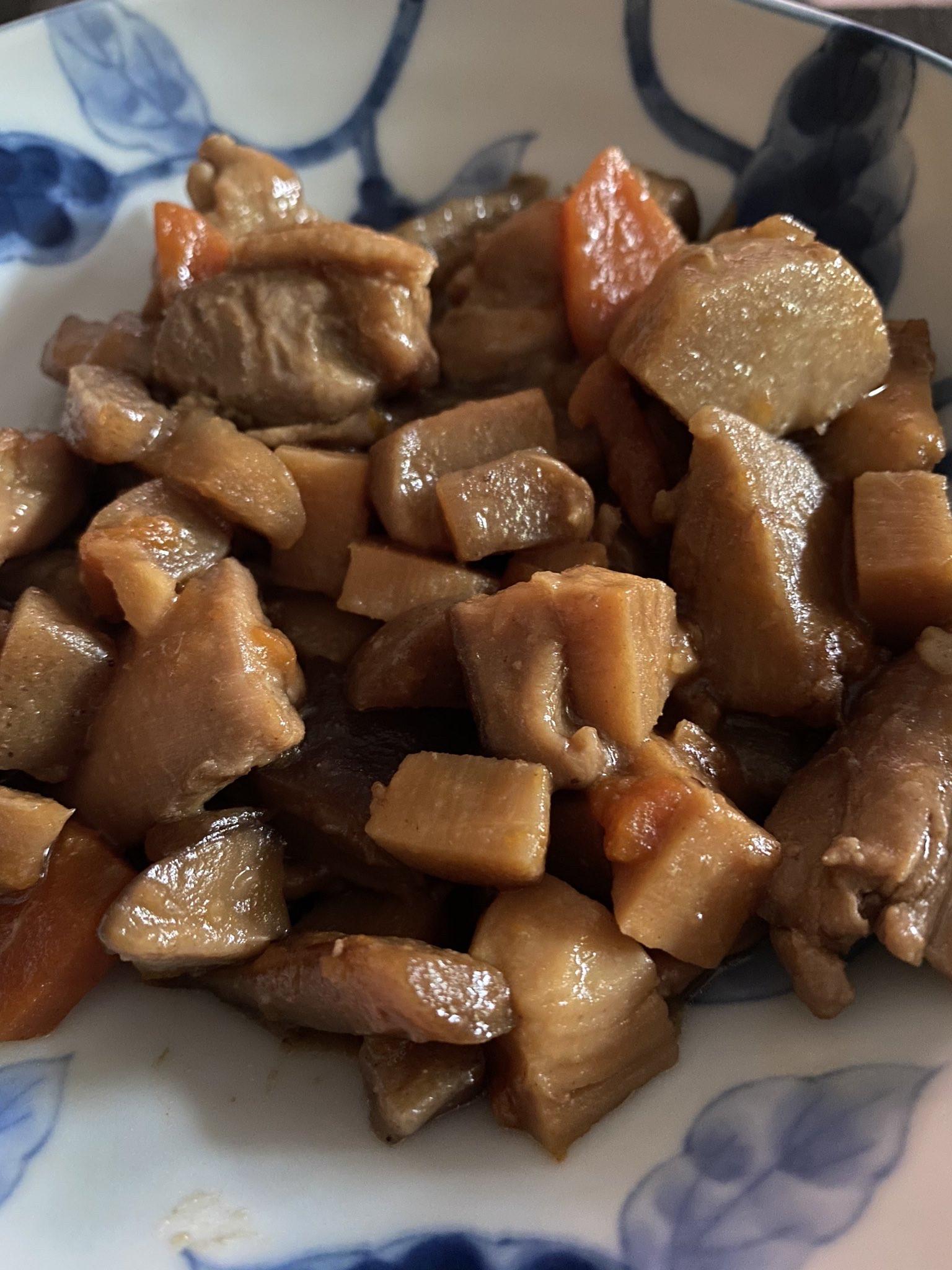 【画像】池田エライザさん、旨そうな料理を作るwwwwwwwwwww