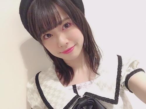 【AKB48】公演でのハプニング。ポンポンを持って踊り終えた後に楽屋に戻るとそこには…&毎年骨折してたクロスカントリー&卒業したいことはなに?【佐藤栞・小田えりな・清水麻璃亜】