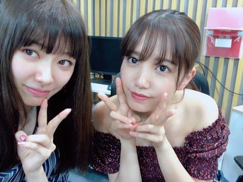 【AKB48】劇場でどうして立ち見席の方にあえて行くの?加藤玲奈ファンの納得な回答&秋元康は「パンプス」を実際に履いて歌詞を書いてる?