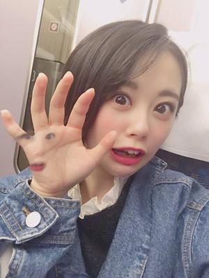 【AKB48】どのジャンルの曲をやっても同じことを言われてしまう濵咲友菜のパフォーマンス&「トイレに行く」をアイドル的に言うと?