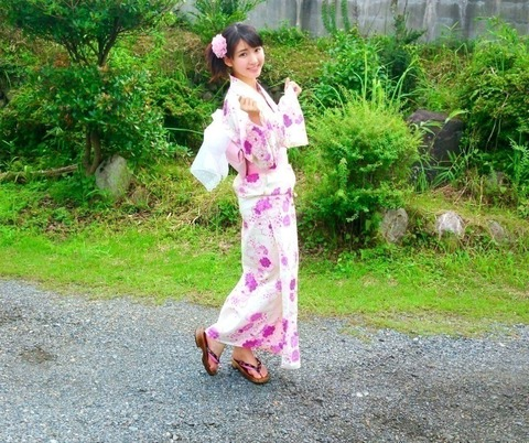 【乃木坂46】井上小百合 ブログにあった浴衣のさゆと姪甥が写ってる画像ください