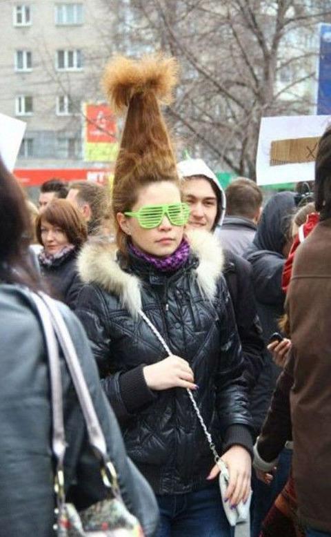 weird-hairstyles-04049-011