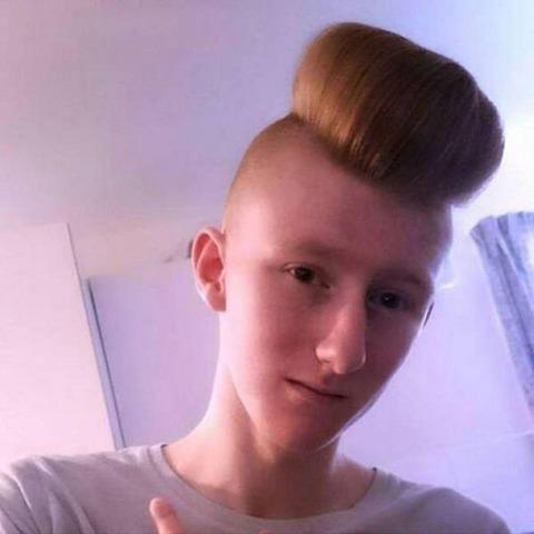 ob_8a1c91_les-coiffures-les-plus-ridicules-au-mo