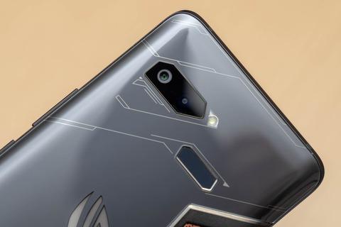 ROG Phone ZS600KL (5)