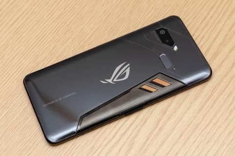 ROG Phone ZS600KL (3)