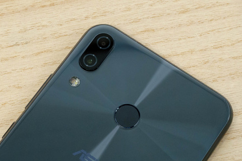 ZenFone 5 ZE620KL レビュー (2)