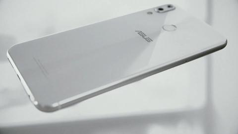 ZenFone 5 ホワイト (4)