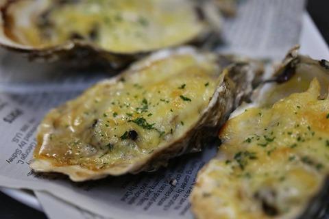 牡蠣チーズ焼き