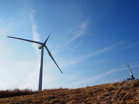 飛行機と風車