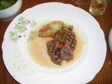 「お昼の軽いコース」牛肉のパヴェ