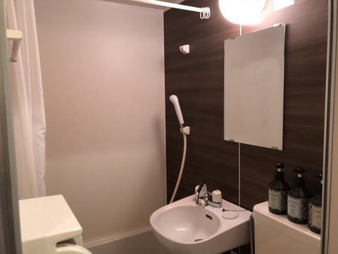 エルメシャワー室