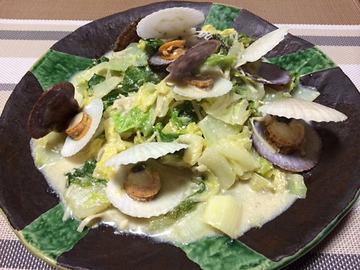 ホタテの稚貝と白菜の豆乳クリーム煮