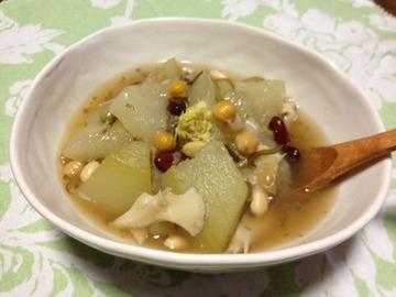 冬瓜と豆の塩昆布生姜あん