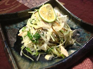鶏ささみ・玉ねぎ・水菜の塩昆布サラダ