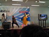 TOKYO体操を実演するエビスさん