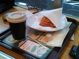 ていちゃんカフェのホットコーヒーとホットサンド