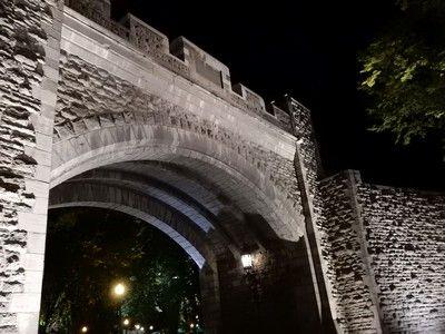 ケベック(夜)城壁