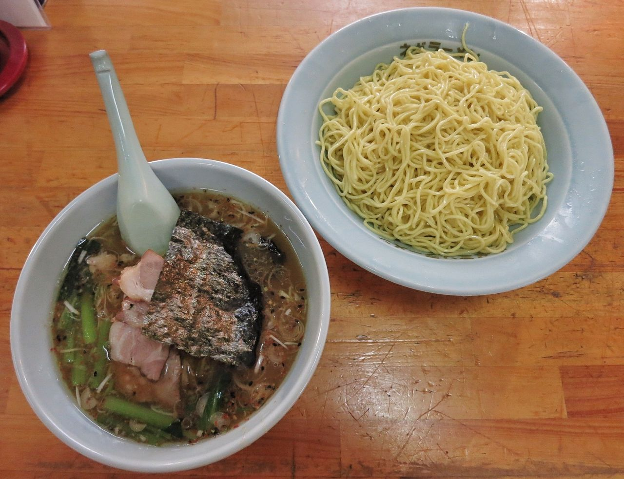 \u201cネギチャーシューつけ麺/酢控えめ(880円)+大盛り(200円)\u201d