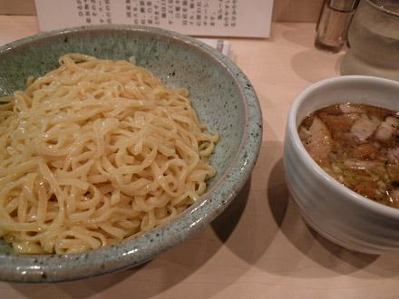 ひるがお(2):炙りチャーシュー塩つけ麺