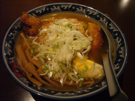 吉右衛門:排骨麺(小写真)
