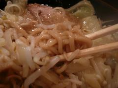 BRAVO NOODLE:麺